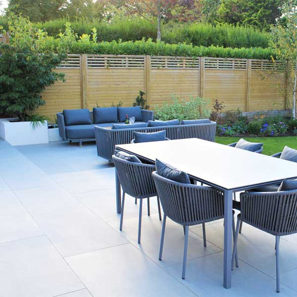 Porcelain patio in North London garden