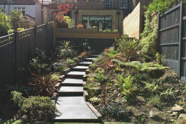 Tiered garden in Highgate, 10