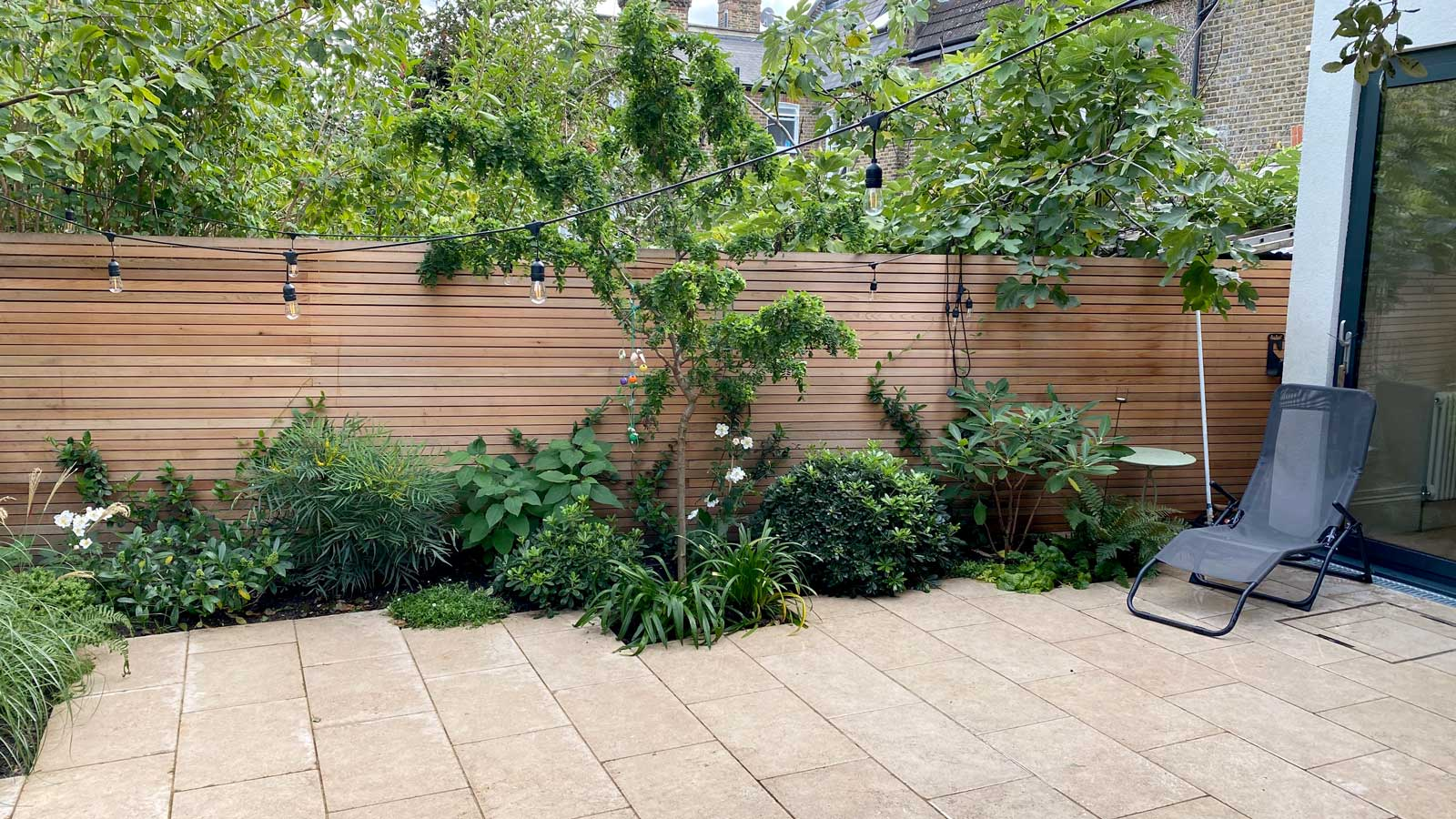 Back Garden in Crouch End, 1