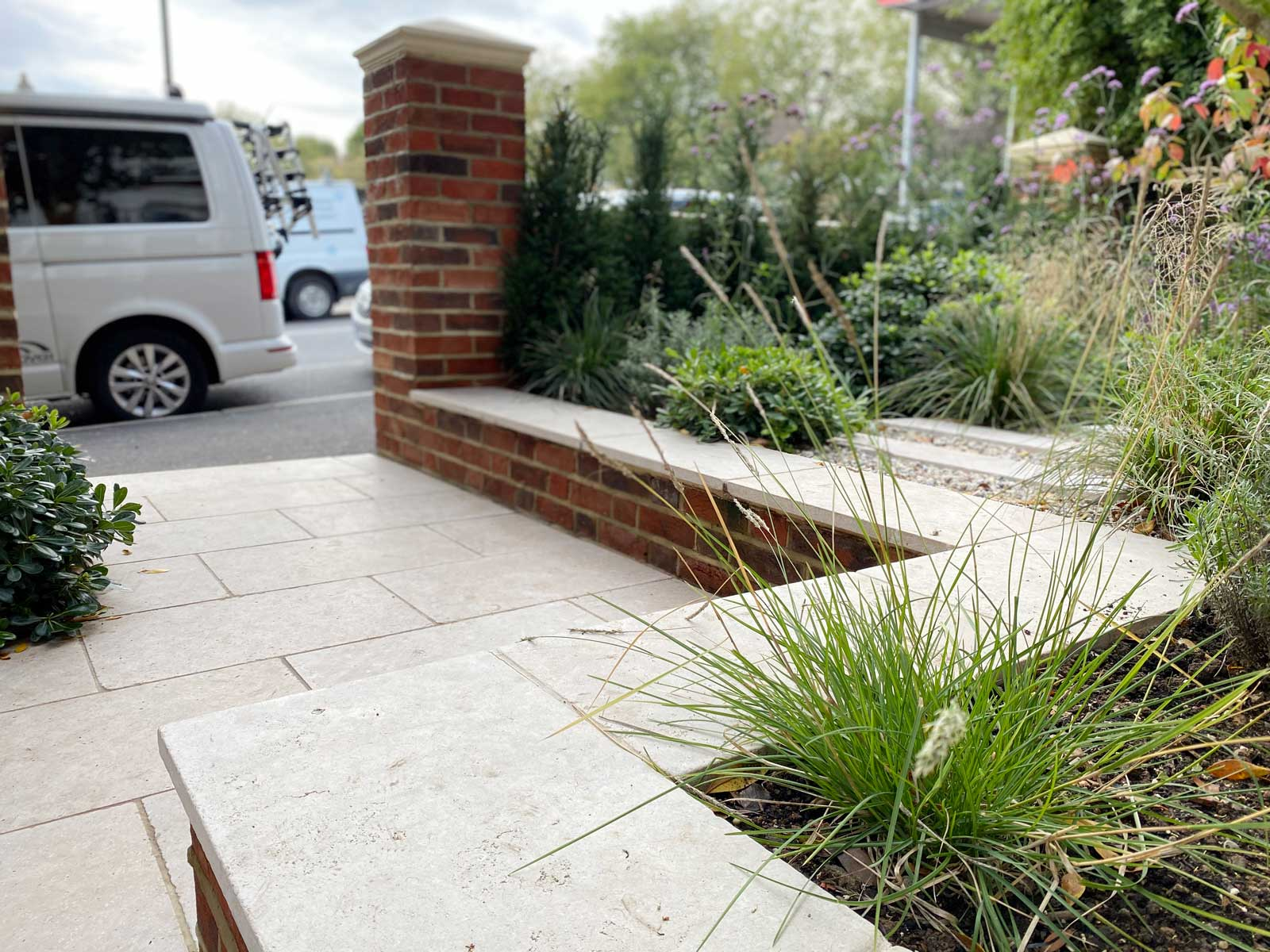 Front Garden in Crouch End, 6